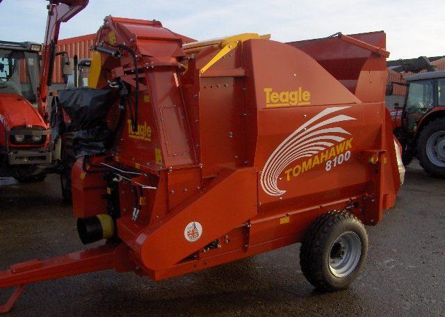 Teagle 8100 Bale Shredder