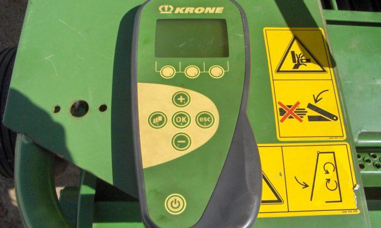 Krone Comprima F155 XC Round Baler