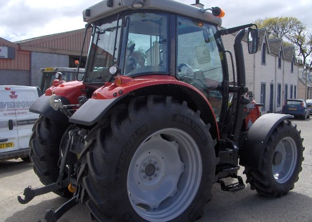 Massey Ferguson 5713sl Dyna 4 Davidson Tractors